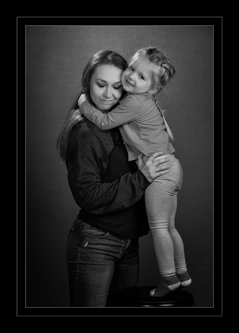 mom and daughter black and white